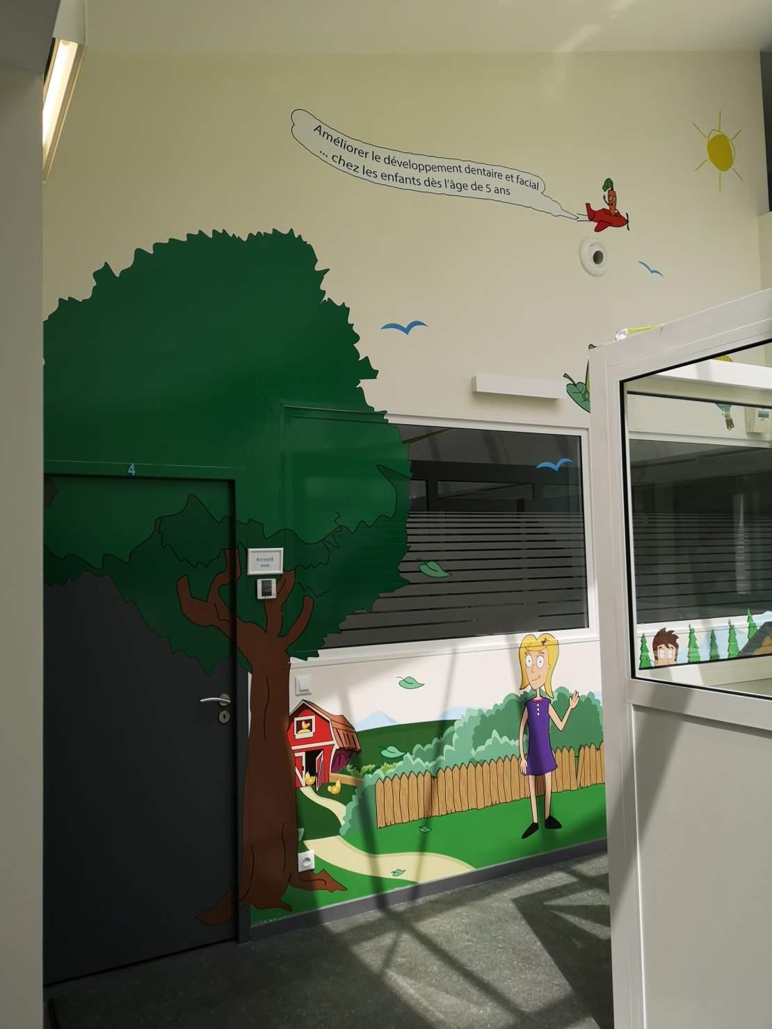 Décor couloir cabinet dentiste